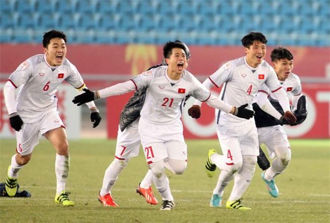 Sau chiến thắng của U23 Việt Nam tại trận tứ kết, vợ tôi như trở thành con người khác - Ảnh 1.