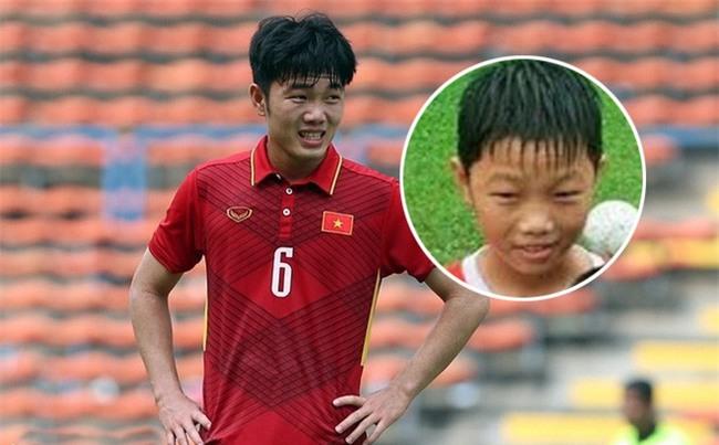 Loạt ảnh dậy thì thành công của dàn cầu thủ cực phẩm U23 Việt Nam - Ảnh 1.