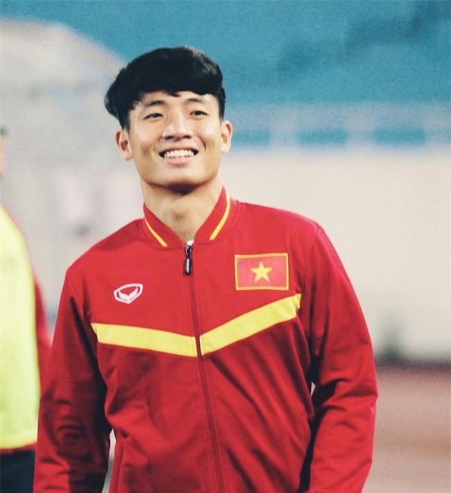 """Loạt ảnh dậy thì thành công của dàn cầu thủ """"cực phẩm"""" U23 Việt Nam - Ảnh 15."""