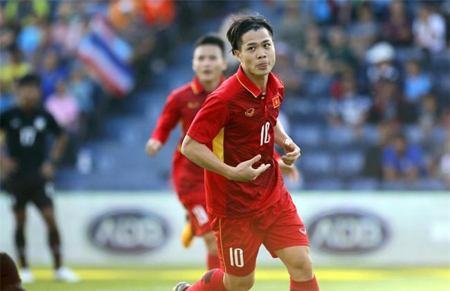 """Loạt ảnh dậy thì thành công của dàn cầu thủ """"cực phẩm"""" U23 Việt Nam - Ảnh 29."""