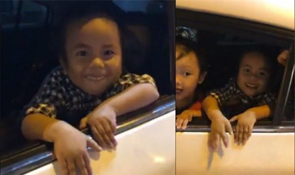 Clip: Em bé co ro ở Mường Lát được bố mẹ nuôi cho xuống phố đi bão mừng U23 Việt Nam vào chung kết - Ảnh 3.