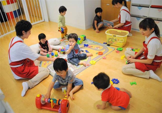 Ấn tượng những bài học giáo dục từ các thầy hiệu trưởng mầm non Nhật Bản - Ảnh 7.