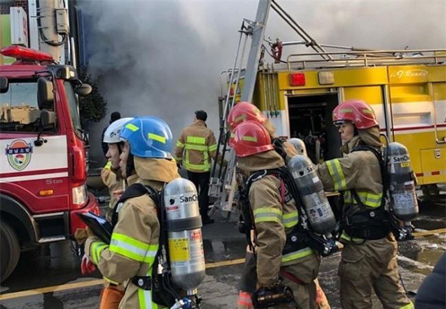 Nóng: Cháy lớn tại một bệnh viện Hàn Quốc, ít nhất 33 người thiệt mạng - Ảnh 2.