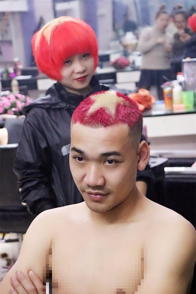 Những mái tóc chất hết nút được chuẩn bị để cổ vũ U23 Việt Nam đá chung kết - Ảnh 2.