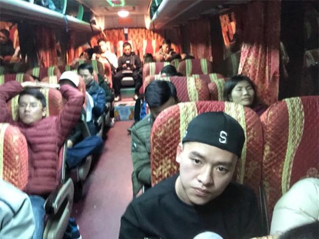 Cổ động viên Việt Nam lỡ hẹn chung kết U23 vì tuyết phủ trắng Thường Châu, nhiều chuyến bay bị huỷ  - Ảnh 7.