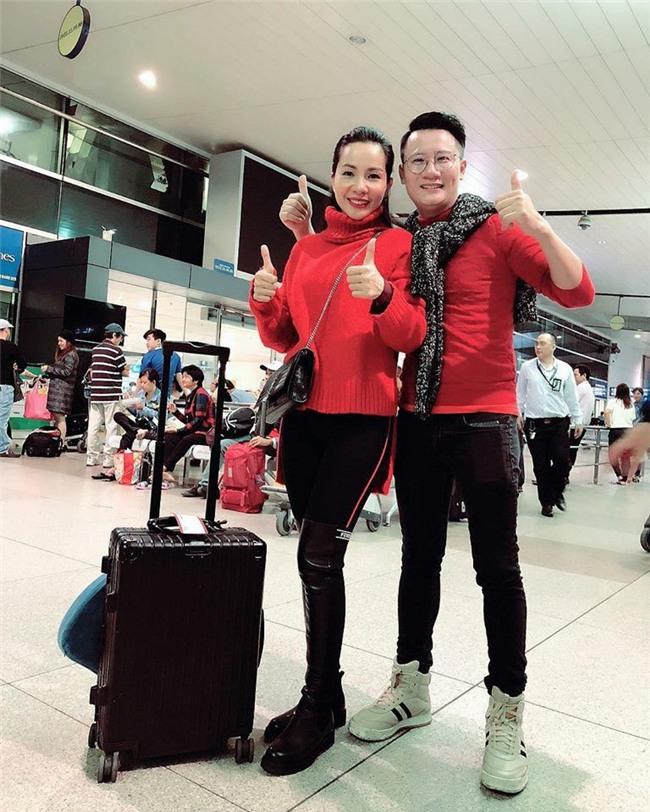 Clip: Bình Minh và dàn sao Việt hào hứng bay sang Trung Quốc lúc 4 giờ sáng để kịp cổ vũ U23 Việt Nam - Ảnh 4.