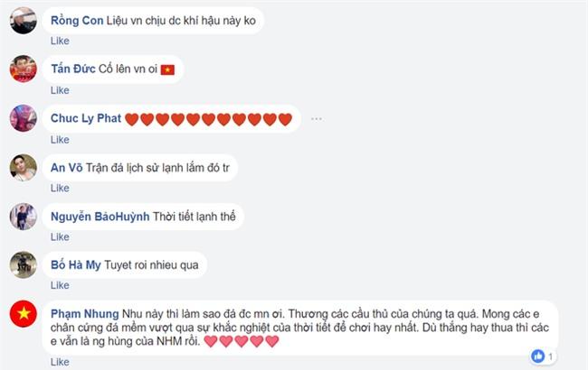 Người hâm mộ Việt Nam lo lắng, xót xa khi cầu thủ U23 phải ra sân khi tuyết vẫn rơi dày - Ảnh 8.