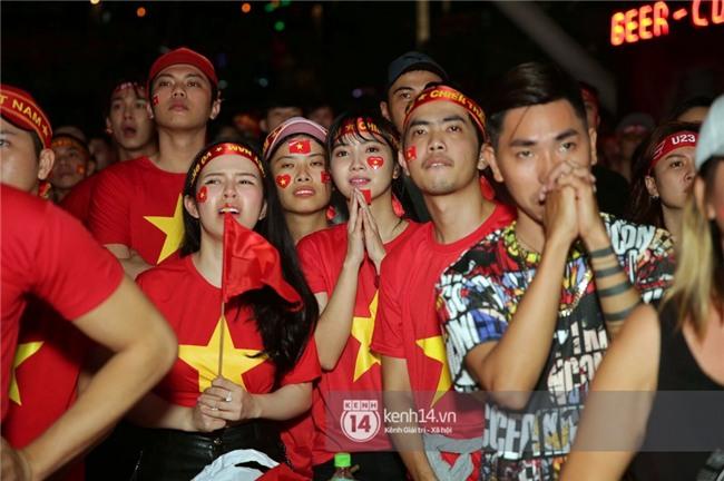 Sao Việt đã khóc như mưa sau màn thua vào phút chót của đội tuyển U23 Việt Nam - Ảnh 2.