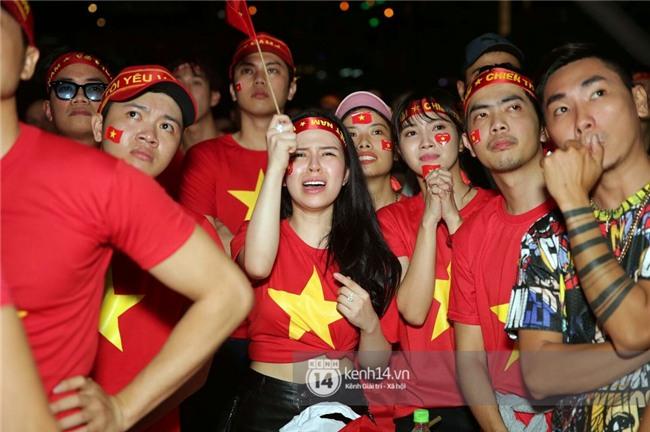 Sao Việt đã khóc như mưa sau màn thua vào phút chót của đội tuyển U23 Việt Nam - Ảnh 3.