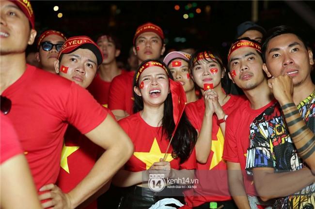 Sao Việt đã khóc như mưa sau màn thua vào phút chót của đội tuyển U23 Việt Nam - Ảnh 4.