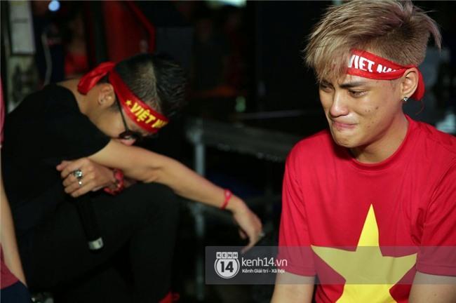 Sao Việt đã khóc như mưa sau màn thua vào phút chót của đội tuyển U23 Việt Nam - Ảnh 9.