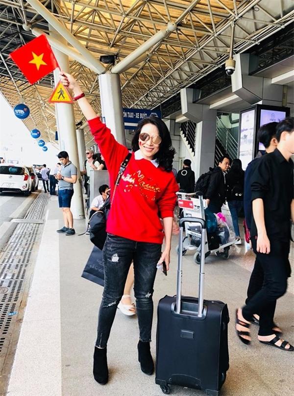 Mỹ Tâm mượn bài hát Niềm tin chiến thắng gửi yêu thương đến U23 Việt Nam-2