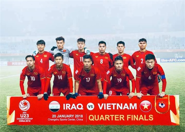 """phan van duc -  chang tien ve """"do vot"""" nhung la nguoi hung tham lang cua u23 viet nam - 1"""