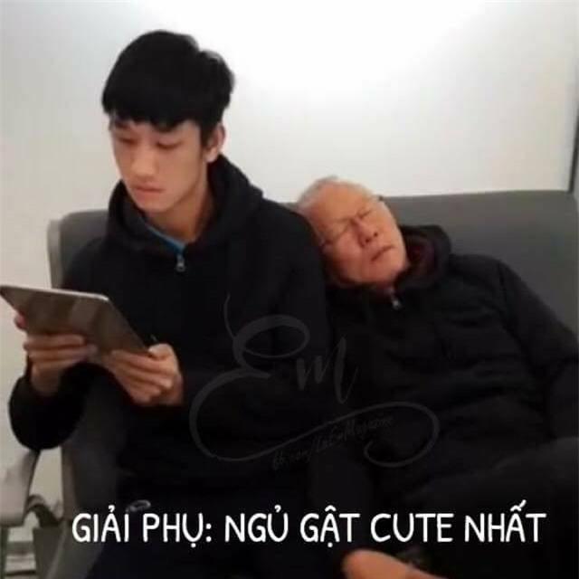 Chùm ảnh hài hước: Dân mạng tự trao các giải phụ đặc biệt cho U23 Việt Nam  - Ảnh 10.