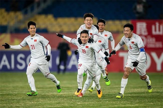 Mải ăn mừng nên không ai để ý, những chiến thắng vang dội của bóng đá Việt Nam đều liên quan đến số 8, phải chăng đó là định mệnh? - Ảnh 1.