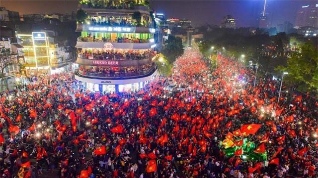 Mải ăn mừng nên không ai để ý, những chiến thắng vang dội của bóng đá Việt Nam đều liên quan đến số 8, phải chăng đó là định mệnh? - Ảnh 3.