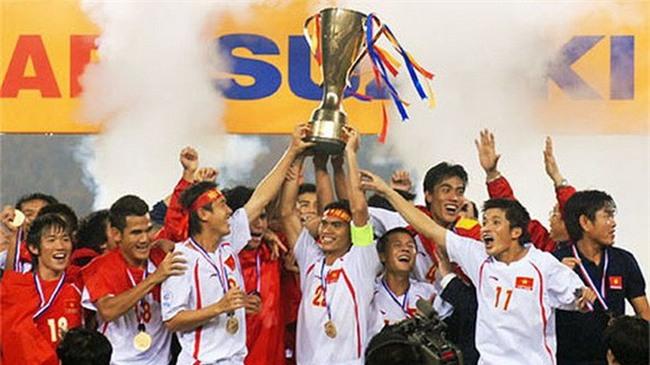 Mải ăn mừng nên không ai để ý, những chiến thắng vang dội của bóng đá Việt Nam đều liên quan đến số 8, phải chăng đó là định mệnh? - Ảnh 7.