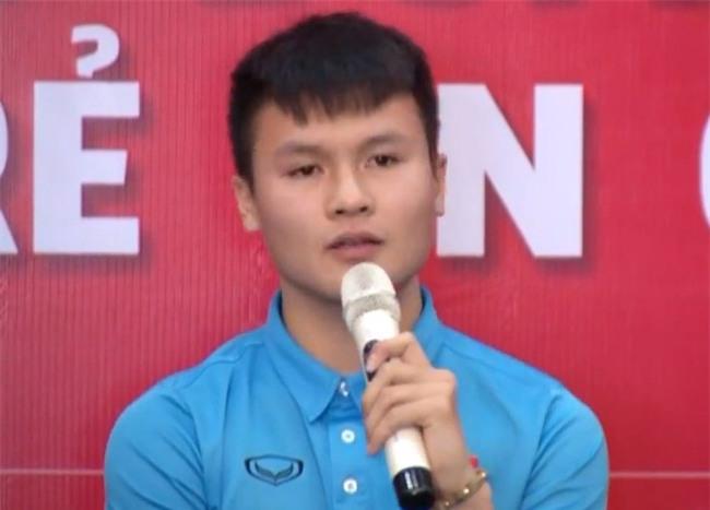 Quang Hải lại khiến chị em xốn xang khi chia sẻ điều anh luôn làm sau mỗi trận đấu - Ảnh 2.