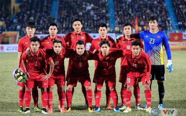 Này chị em, ngoài hot boy Tiến Dũng, U23 Việt Nam còn 1 chàng thủ môn dự bị rất đẹp trai và ngầu nhé - Ảnh 2.