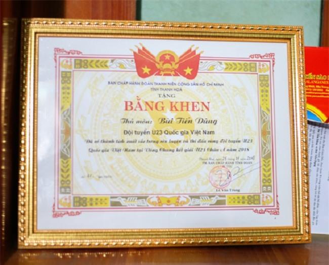 """tam su cua bo thu mon bui tien dung: """"9 thang tuoi no da me da bong"""" hinh anh 11"""