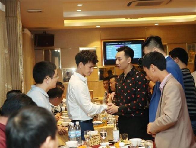 Xuân Bắc, Tự Long cùng dàn sao đến mừng sinh nhật MC Thành Trung-7