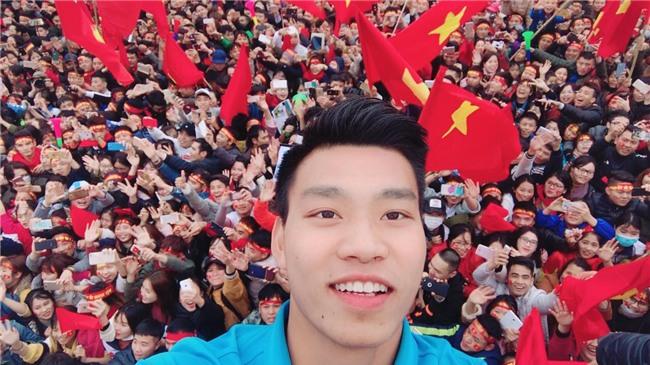 Nhật ký đổi tóc của U23 Việt Nam: Nếu việc đổi tóc nói lên tính cách thì gần như chàng nào cũng chung tình! - Ảnh 17.