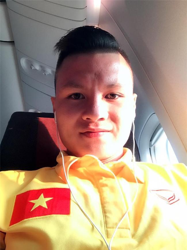 Nhật ký đổi tóc của U23 Việt Nam: Nếu việc đổi tóc nói lên tính cách thì gần như chàng nào cũng chung tình! - Ảnh 19.