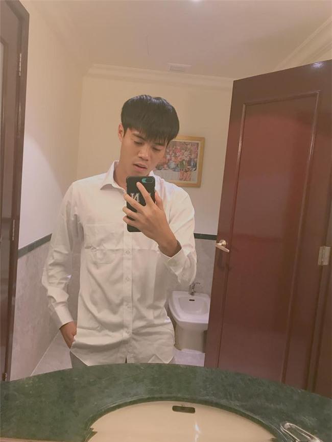 Nhật ký đổi tóc của U23 Việt Nam: Nếu việc đổi tóc nói lên tính cách thì gần như chàng nào cũng chung tình! - Ảnh 40.