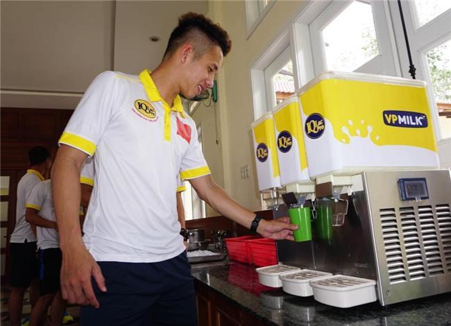 Nhật ký đổi tóc của U23 Việt Nam: Nếu việc đổi tóc nói lên tính cách thì gần như chàng nào cũng chung tình! - Ảnh 43.