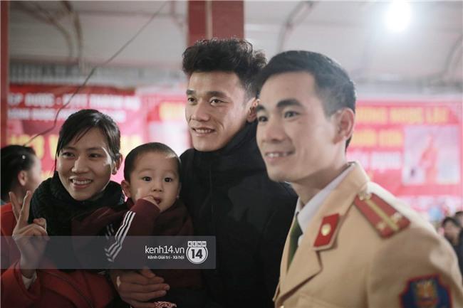 Nhật ký đổi tóc của U23 Việt Nam: Nếu việc đổi tóc nói lên tính cách thì gần như chàng nào cũng chung tình! - Ảnh 6.