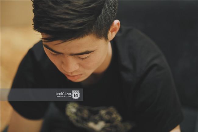 Duy Mạnh U23 Việt Nam: Trong đội chỉ có mình với Hồng Duy bán hàng online, nhưng thật ra là... đăng hộ bạn gái đấy - Ảnh 5.