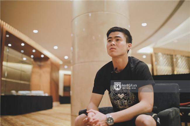 Duy Mạnh U23 Việt Nam: Trong đội chỉ có mình với Hồng Duy bán hàng online, nhưng thật ra là... đăng hộ bạn gái đấy - Ảnh 6.