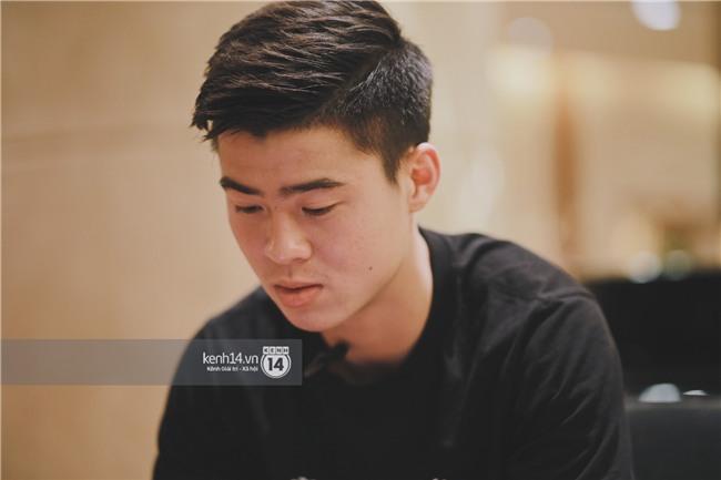 Duy Mạnh U23 Việt Nam: Trong đội chỉ có mình với Hồng Duy bán hàng online, nhưng thật ra là... đăng hộ bạn gái đấy - Ảnh 10.