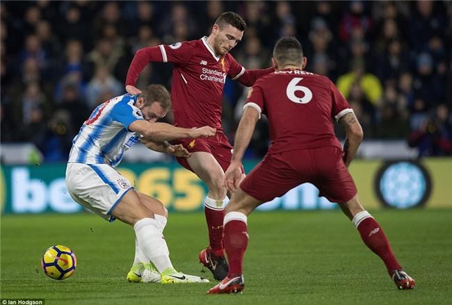 Salah tiếp tục nổ súng giúp Liverpool bằng điểm với Chelsea - Ảnh 3.