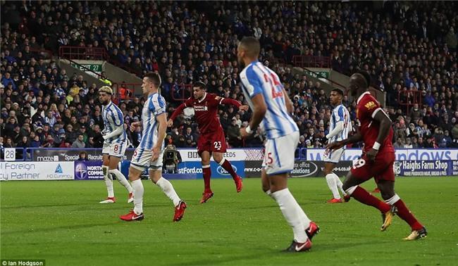 Salah tiếp tục nổ súng giúp Liverpool bằng điểm với Chelsea - Ảnh 4.