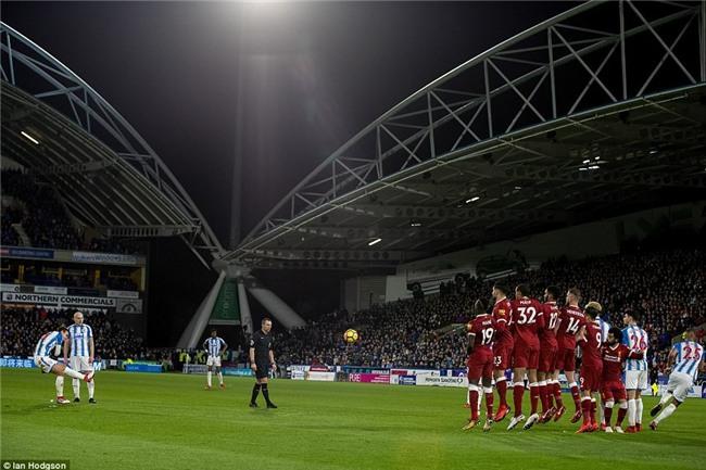 Salah tiếp tục nổ súng giúp Liverpool bằng điểm với Chelsea - Ảnh 6.