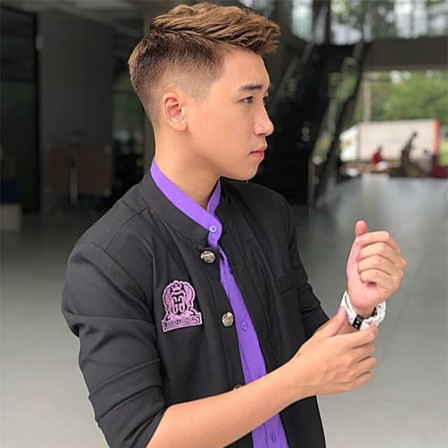 Hot girl - hot boy Việt: Dân mạng chia sẻ chóng mặt bức ảnh Quang Hải lọt thỏm khi đứng cạnh Văn Hoàng-11