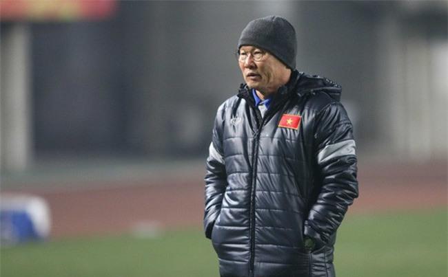 Đằng sau ngài ngủ gật Park Hang Seo là bóng hồng suốt 31 năm lặng thầm ủng hộ, khích lệ - Ảnh 2.