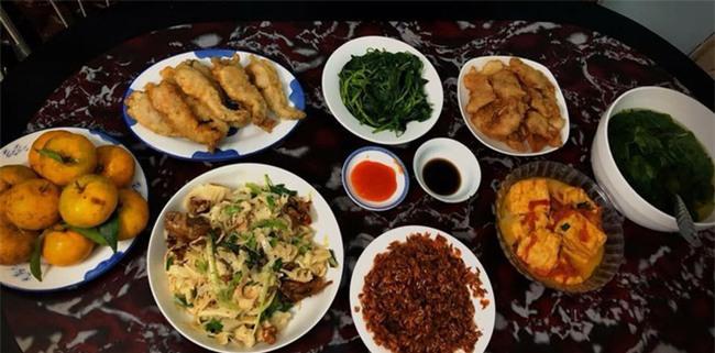 Cao thủ đi chợ Hà Nội chỉ 4,5 triệu/tháng cho nhà 4 người mà bữa nào cũng như đại tiệc - Ảnh 14.