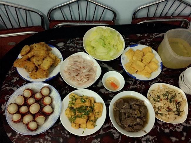 Cao thủ đi chợ Hà Nội chỉ 4,5 triệu/tháng cho nhà 4 người mà bữa nào cũng như đại tiệc - Ảnh 17.