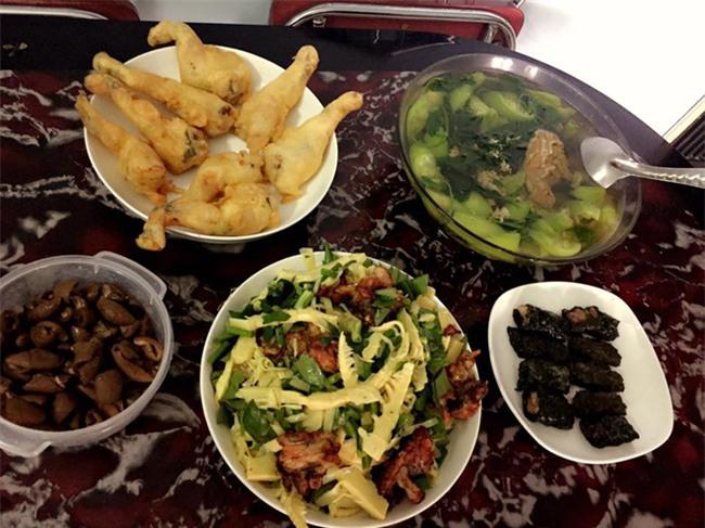 Cao thủ đi chợ Hà Nội chỉ 4,5 triệu/tháng cho nhà 4 người mà bữa nào cũng như đại tiệc - Ảnh 20.