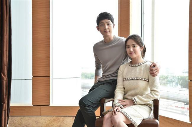 Lộ ảnh hiếm hoi vợ chồng Song Song trước khi cưới: Hồi đó cả hai vẫn giấu nhẹm truyền thông về chuyện hẹn hò - Ảnh 6.