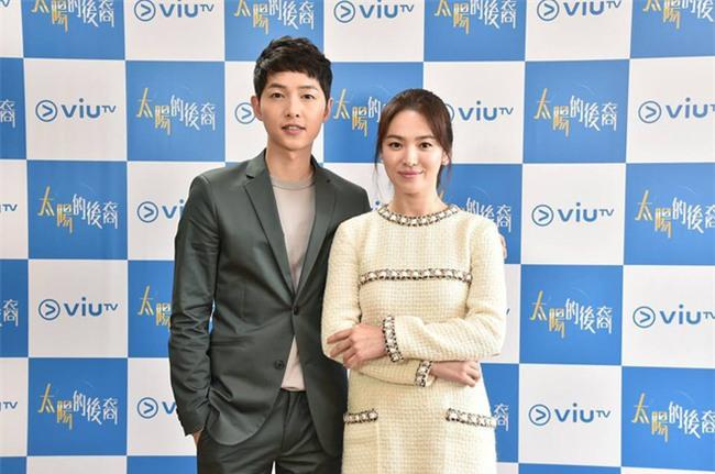 Lộ ảnh hiếm hoi vợ chồng Song Song trước khi cưới: Hồi đó cả hai vẫn giấu nhẹm truyền thông về chuyện hẹn hò - Ảnh 7.