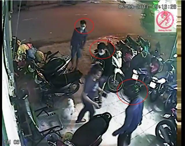 Dàn cảnh trộm xe táo tợn tại quán net ở Sài Gòn
