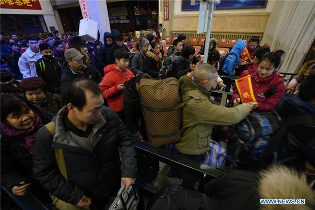Xuan van 2018: Cuoc di chuyen lon nhat lich su lai bat dau hinh anh 7