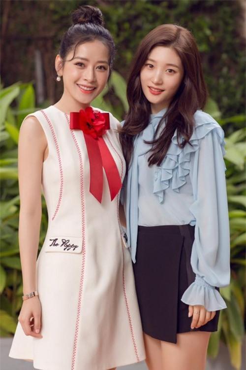 Chi Pu quả lợi hại! 'Chặt đẹp' cả Angela Phương Trinh và Tú Hảo khi diện lại thiết kế cũ - Ảnh 3.