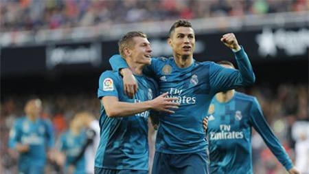 Dù ghi bàn trở lại, tương lai của CR7 tại Real Madrid vẫn bị đặt dấu hỏi