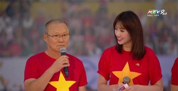 Hari Won tự tin trở thành thông dịch viên của HLV Park Hang-seo - Ảnh 2
