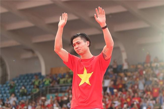 Dàn sao U23 Việt Nam mở hội tại TP.HCM - Ảnh 6.