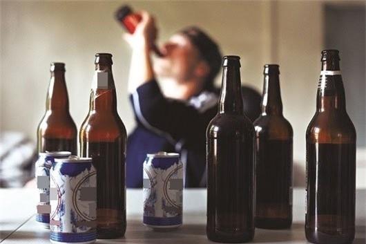 Người đỏ mặt khi uống rượu bia có nguy cơ ung thư cao hơn so với người bình thường-4
